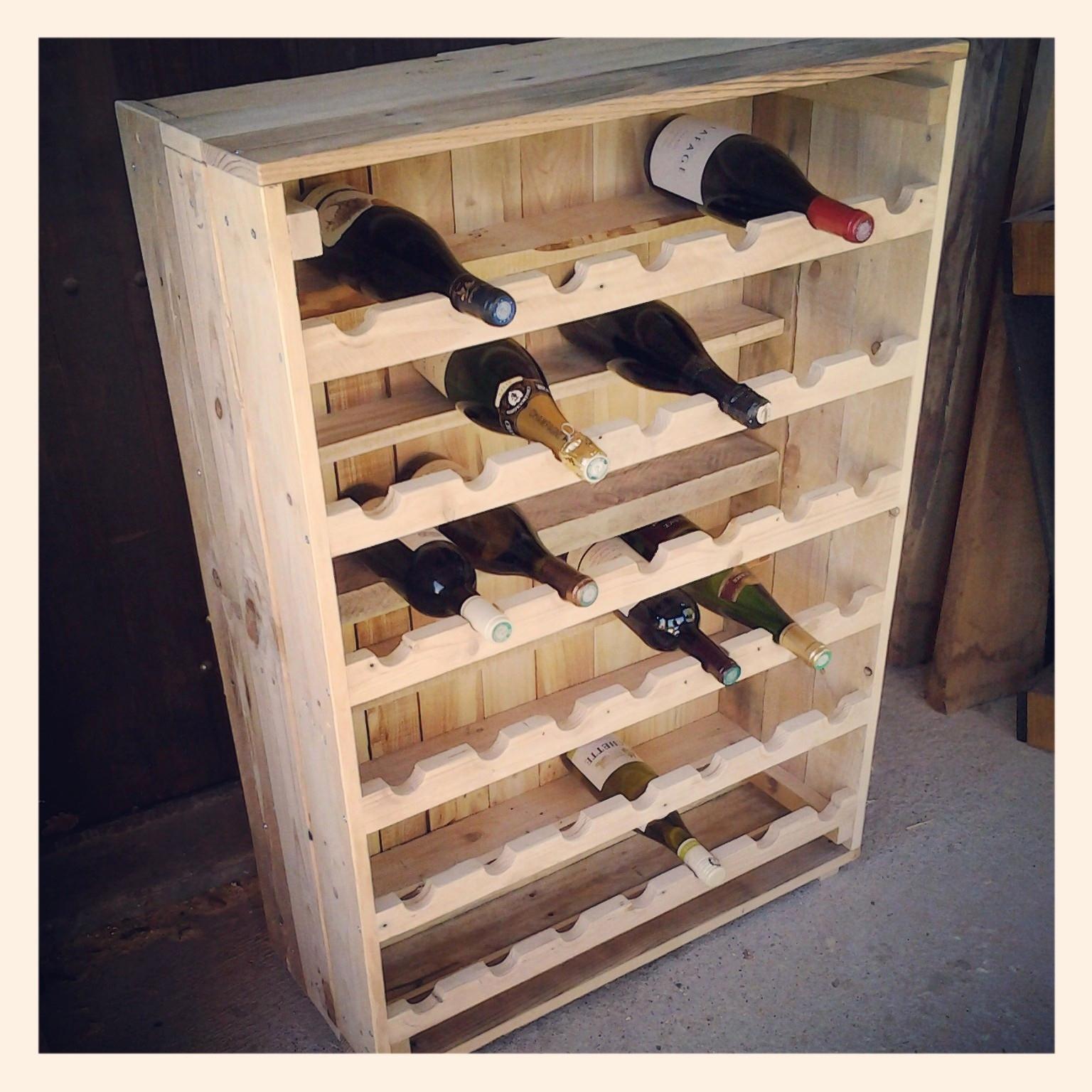 cave vin en palettes aronews. Black Bedroom Furniture Sets. Home Design Ideas